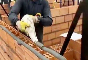 دیوار چینی با آجر