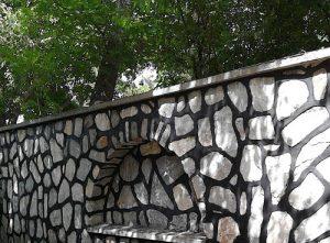 دیوار چینی با سنگ